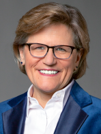Invest in Others Board Member Cathy Saunders of Putnam Investments